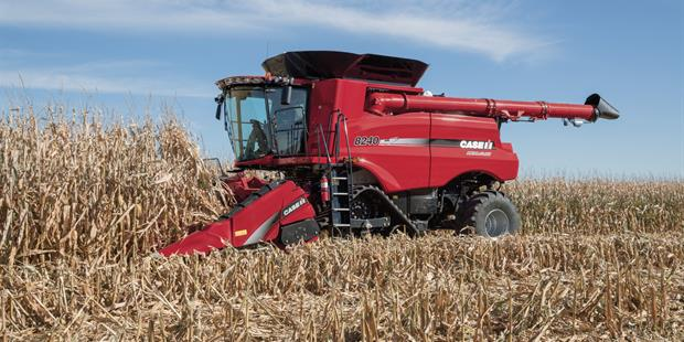 Axial-Flow 8240 4412F Folding Corn Head